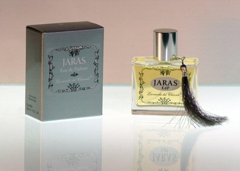 An overwhelming gardenia perfume