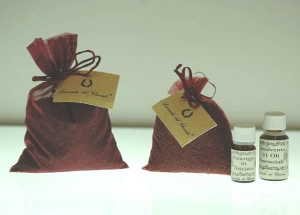100 grammi di vinaccioli assorbono l'odore delle tue essenze preferite