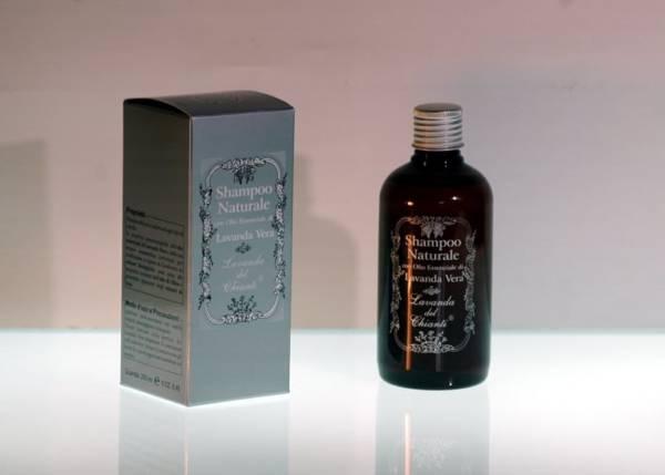 Shampoo con estratti di soia ad effetto condizionante
