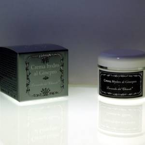 Cream scented with juniper, mint and camphor for an invigorating massage
