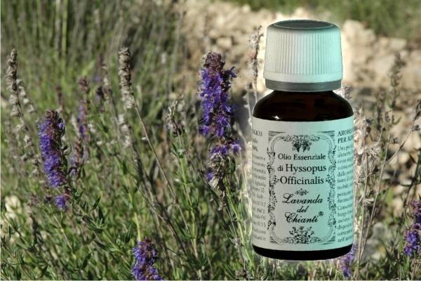 Flacone in vetro farmaceutico di puro olio essenziale di Issopo