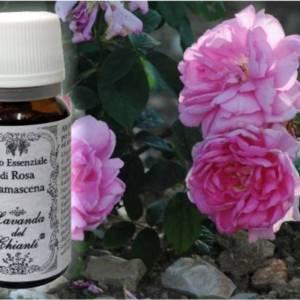 Flacone in vetro farmaceutico di puro olio essenziale di Rosa di Damasco